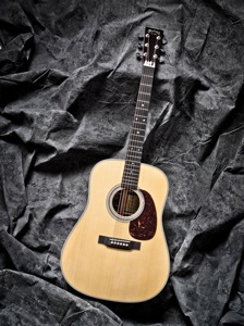 Martin & Co D-28M The Mamas and The Papas Custom Artist Edition