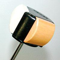 Колотушка бас-барабана с разными ударными поверхностями